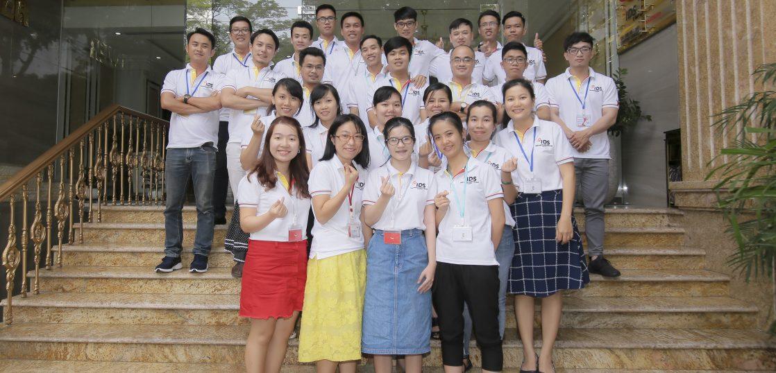 ベトナムメンバーの写真